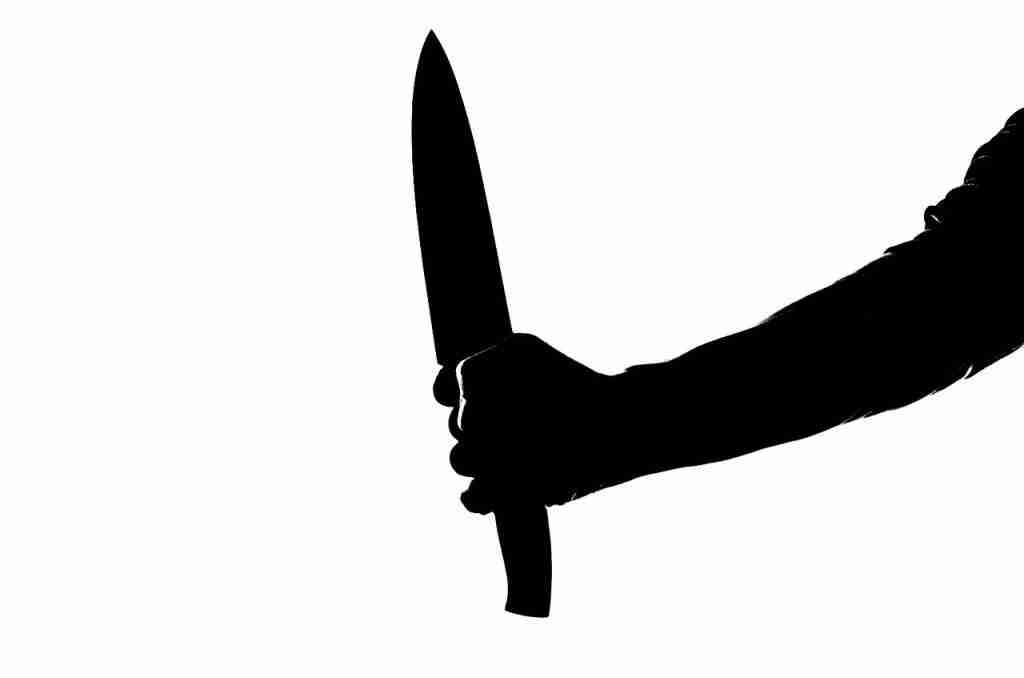 Braccio con coltello da macellaio